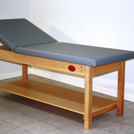 Model 7150 - Standard Table with Shelf